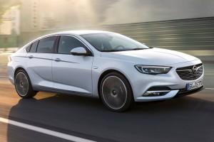 Opel Insignia zij aanzicht