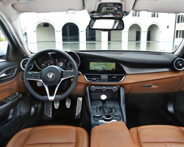 Alfa Romeo Giullia interieur