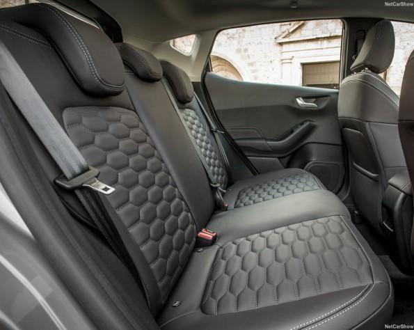 Ford Fiesta achterbank met leer bekleed
