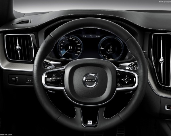 Volvo XC60 lease stuurwiel