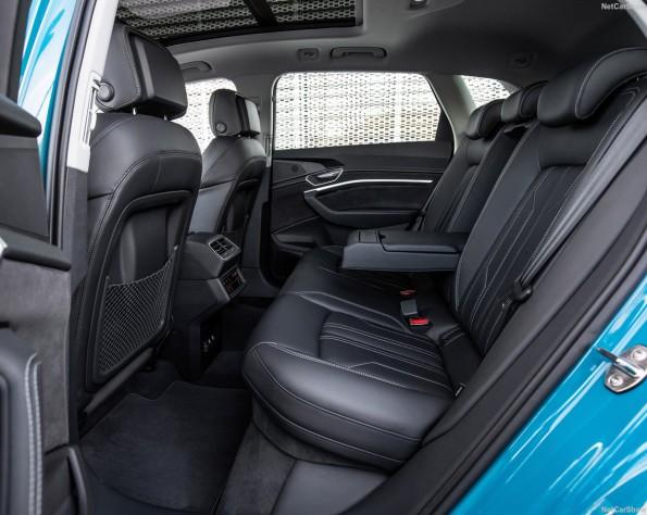 Achterbank Audi e-tron