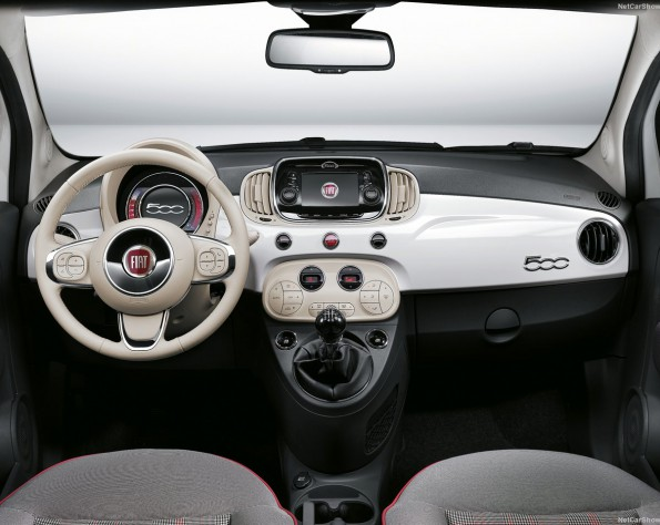 Fiat 500 interieur