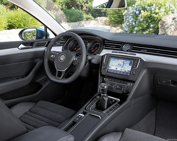 Volkswagen Passat dashboard