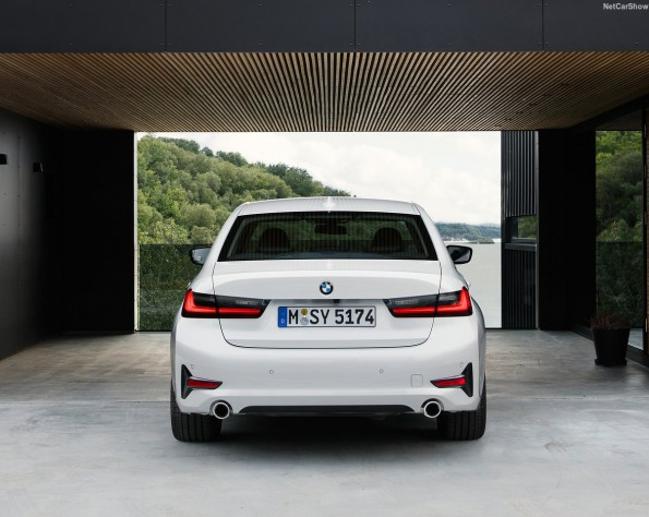 BMW 320iA achterkant