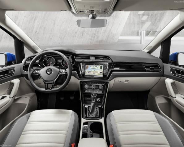 Volkswagen Touran interieur