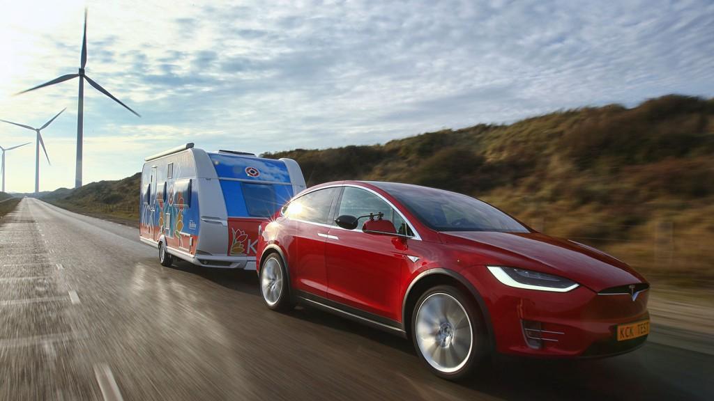 Tesla Model X met trekhaak