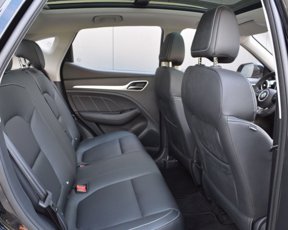Achterbank MG ZS EV