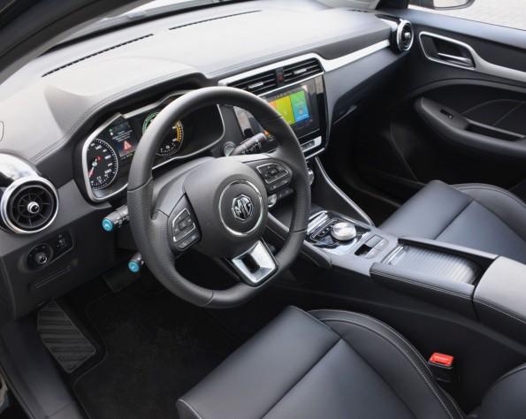 MG ZS EV interieur voor