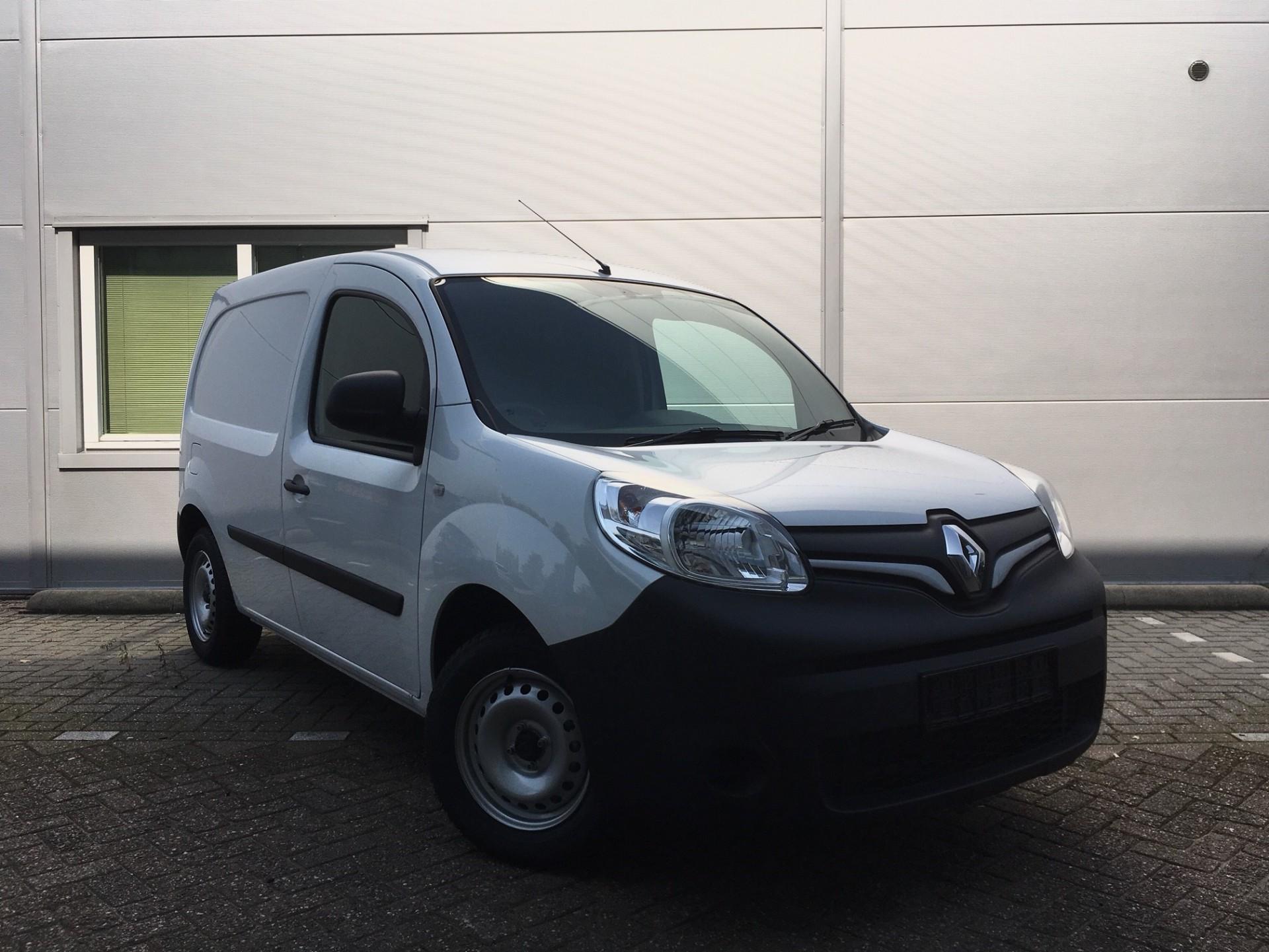 Renault Kangoo voorkant naar rechts