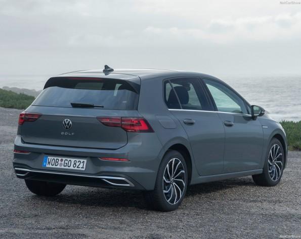 Volkswagen Golf 8 lease achterkant schuin