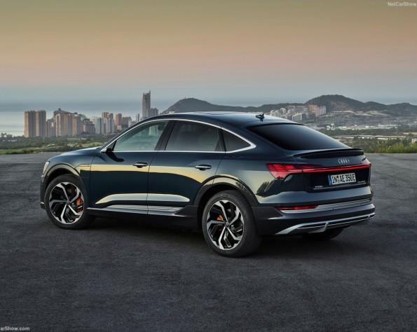 Audi e-tron Sportback lease achterkant schuin rechts