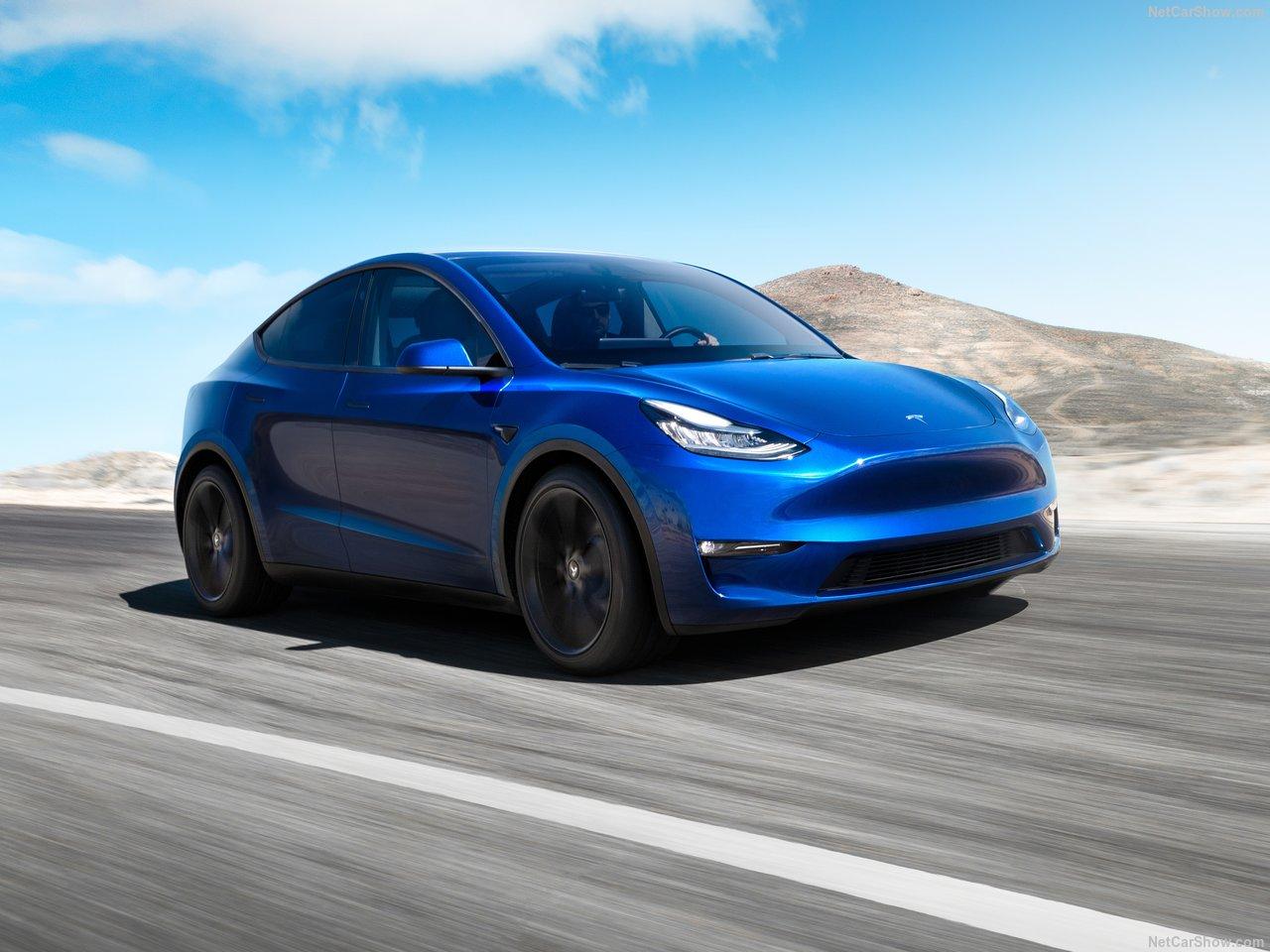 Tesla Model y voorkant