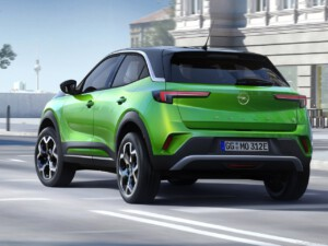 Opel Mokka-e achterkant