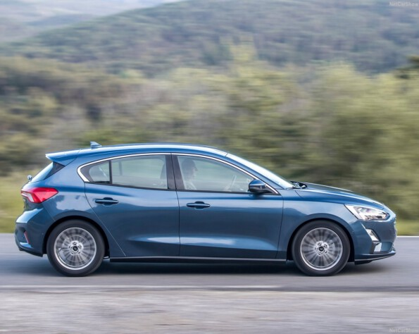 Ford Focus Hatchback lease zijkant schuin rechts