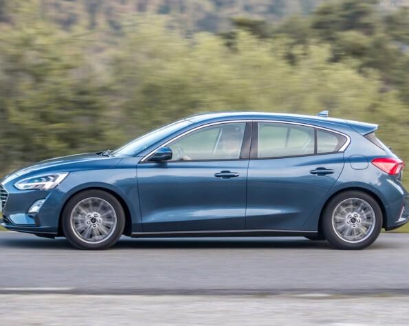 Ford Focus Hatchback lease zijkant schuin links