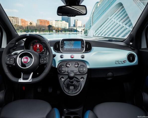 Fiat 500C interieur