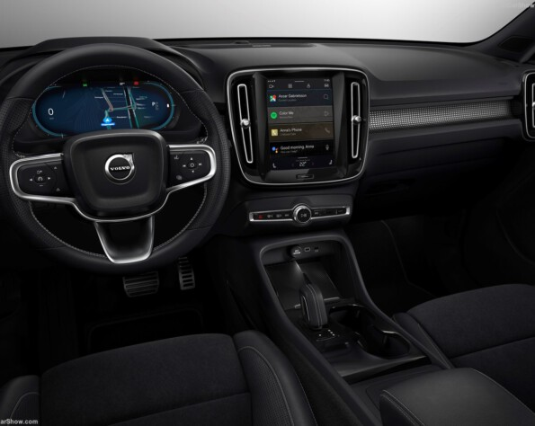 Volvo XC40 recharge lease interieur
