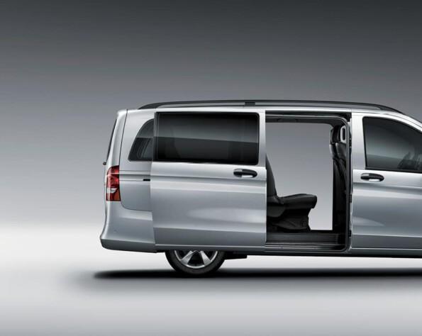 Zijkant Mercedes-Benz eVito lease schuifdeuren open