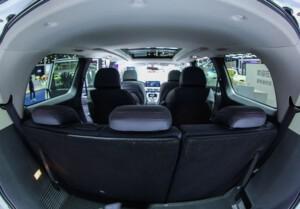 7 persoons elektrische auto interieur