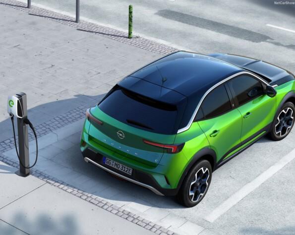Opel Mokka-e lease bovenkant achter