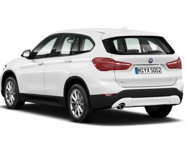 BMW X1 achterkant schuin