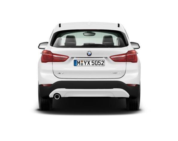 BMW X1 achterkant