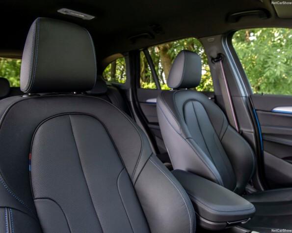 BMW X1 voorstoelen